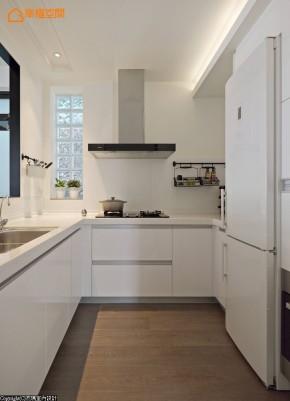 猫 宠物 简约 二居 旧房改造 收纳 小资 小清新 厨房图片来自幸福空间在80m²与爱猫共享慵懒小确幸时光的分享