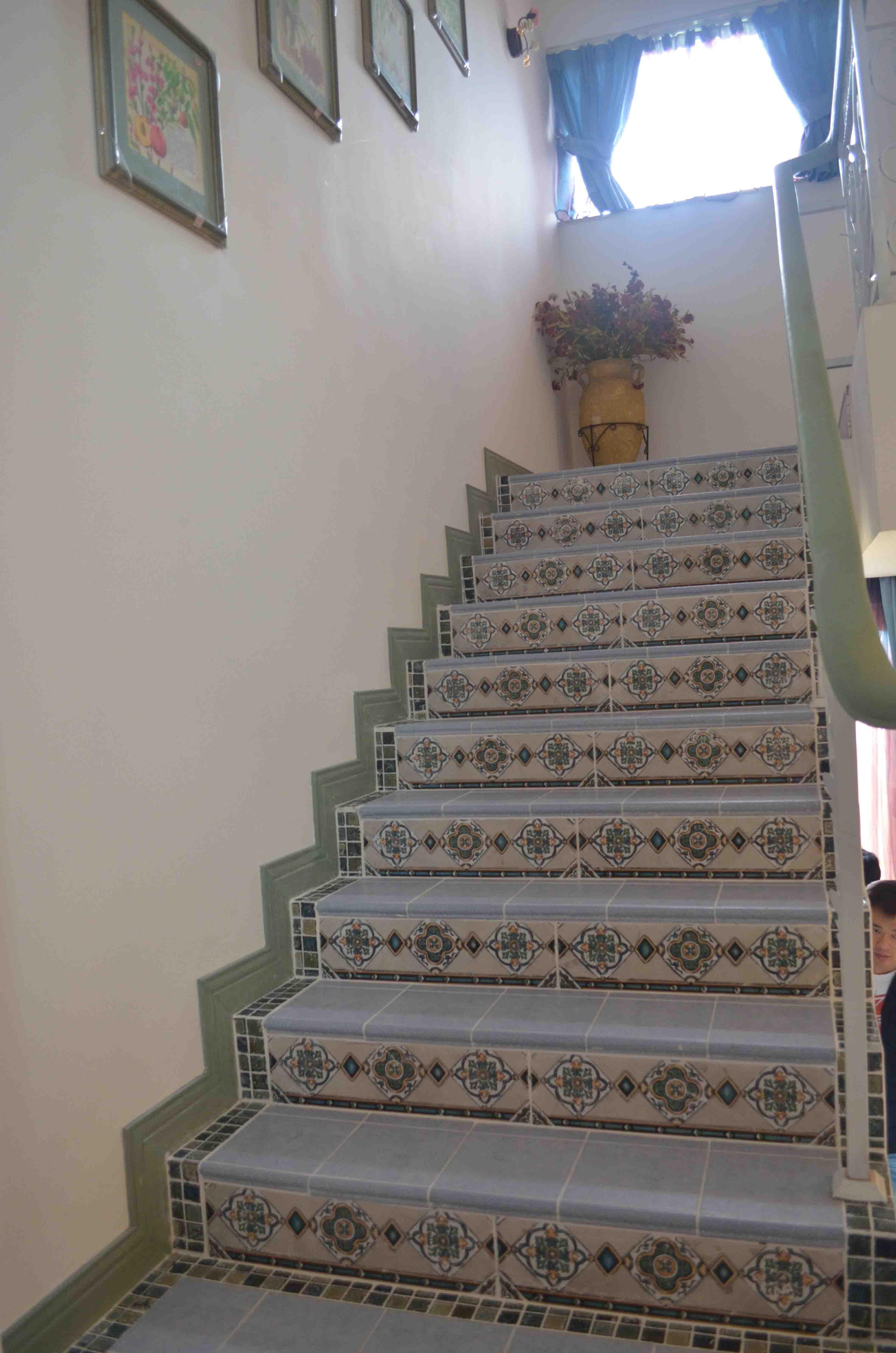 田园 楼梯图片来自新浪工长俱乐部邱亮在天麓的分享