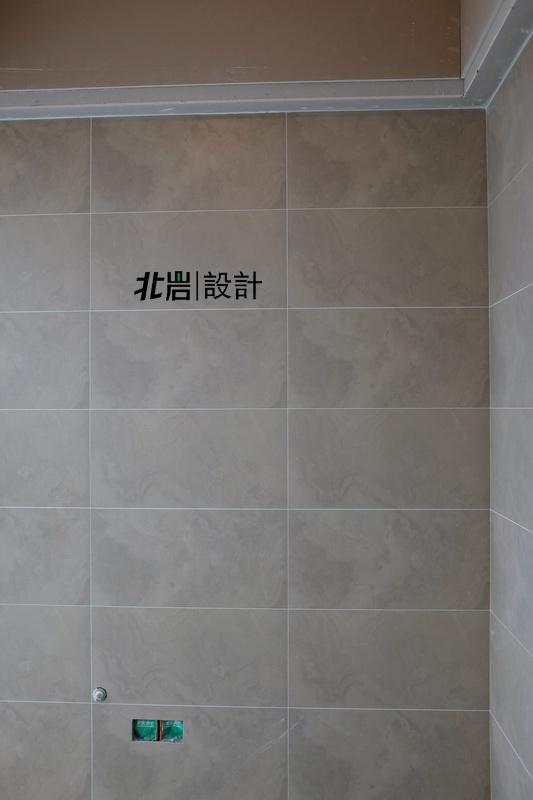 现代 跃层 北岩 招商紫金山 卫生间图片来自北岩DESIGN在招商紫金山 黄宅 现代 瓦木工中的分享