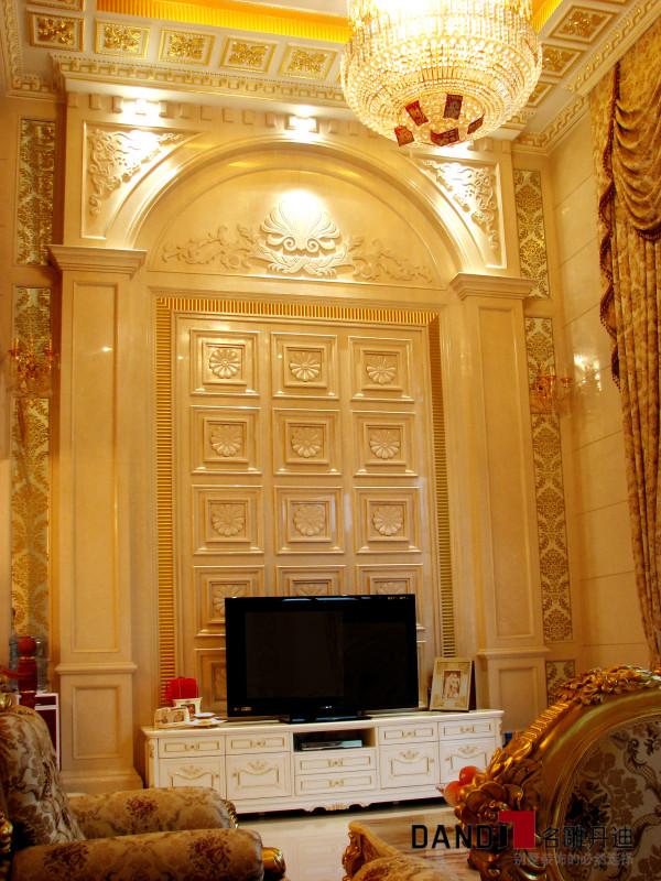 名雕丹迪设计-集信名城别墅-古典欧式客厅电视背景
