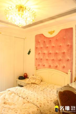 欧式 三居 高富帅 公主房 时尚 名雕装饰 卧室图片来自名雕装饰设计在欧式风情-淘金山140平奢华装修的分享