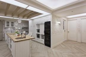 艺术 欧式 4居 白富美 白领 美式 厨房图片来自幸福空间在240m²金漆勾勒 传世艺术宅邸的分享