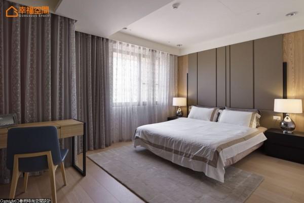 春雨设计调整卧房与主卫浴门片动线,同时兼顾开阔空间感与风水禁忌上双重要求。