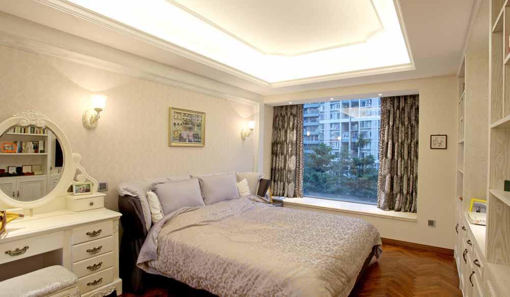 卧室图片来自成都生活家装饰徐洋在简欧风格装饰设计的分享