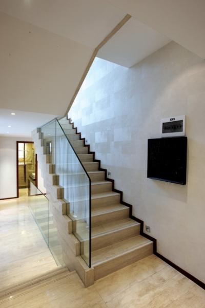 简约 别墅 四居 成都装修 成都装饰 楼梯图片来自华西装饰集团在半山卫城朴墅的分享