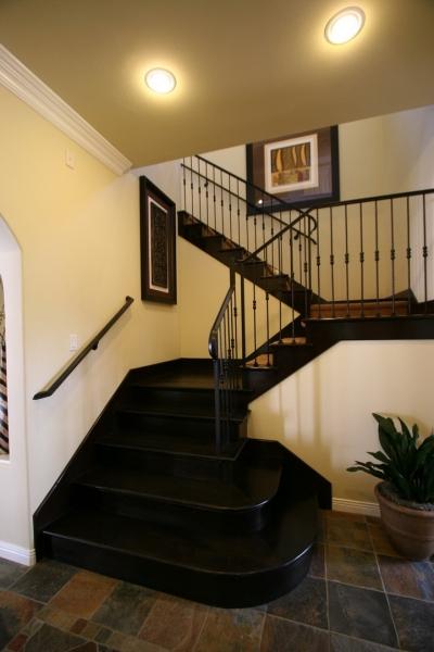 欧式 别墅 成都装修 成都装饰 跃层 楼梯图片来自华西装饰集团在青城桃源圣地的分享