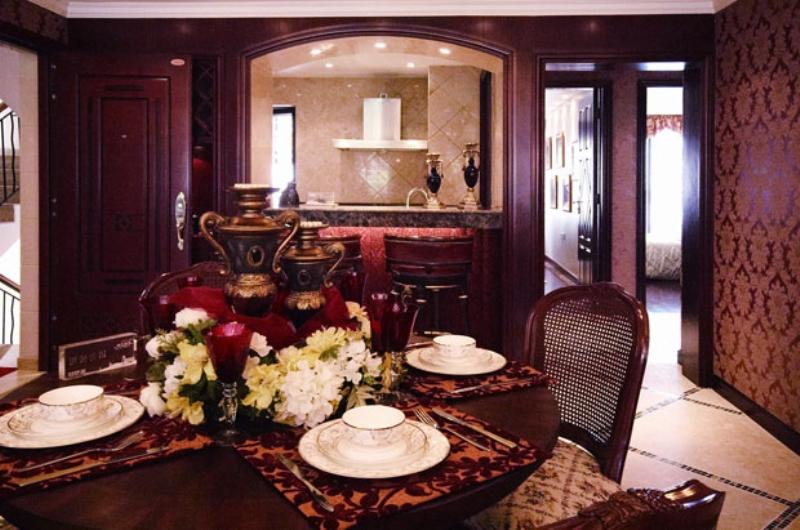 欧式 别墅 成都装修 成都装饰 餐厅图片来自华西装饰集团在鹭湖宫欧式奢华大气实拍案例的分享