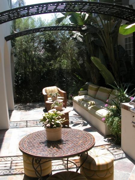 欧式 别墅 成都装修 成都装饰 跃层 阳台图片来自华西装饰集团在青城桃源圣地的分享