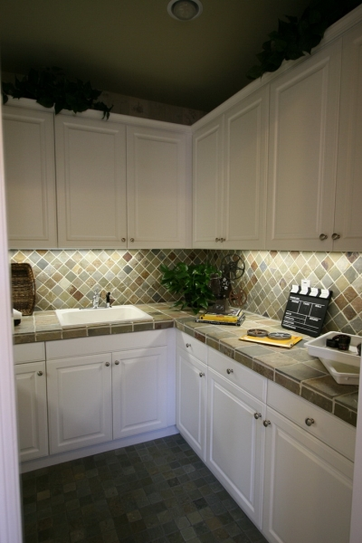 欧式 别墅 成都装修 成都装饰 跃层 厨房图片来自华西装饰集团在青城桃源圣地的分享