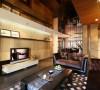 大胆运用开放式空间与灰镜的光影增效作用,将室内空间逐步扩大。整体设计以舒适的浅色调作为铺垫,在局部运用上大胆的搭配永远的流行素