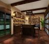 休闲区——酒柜。闲暇时间喝喝酒聊聊天。