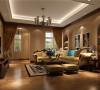 此户型采用休闲的托斯卡纳风格为主,因为业主主要是作为第二居所来使用,平时休息时前来居住,托斯卡纳风格赋予生命更多的浪漫、尊贵与享受,在这个生活节奏飞快的世界里享受惬意人生。