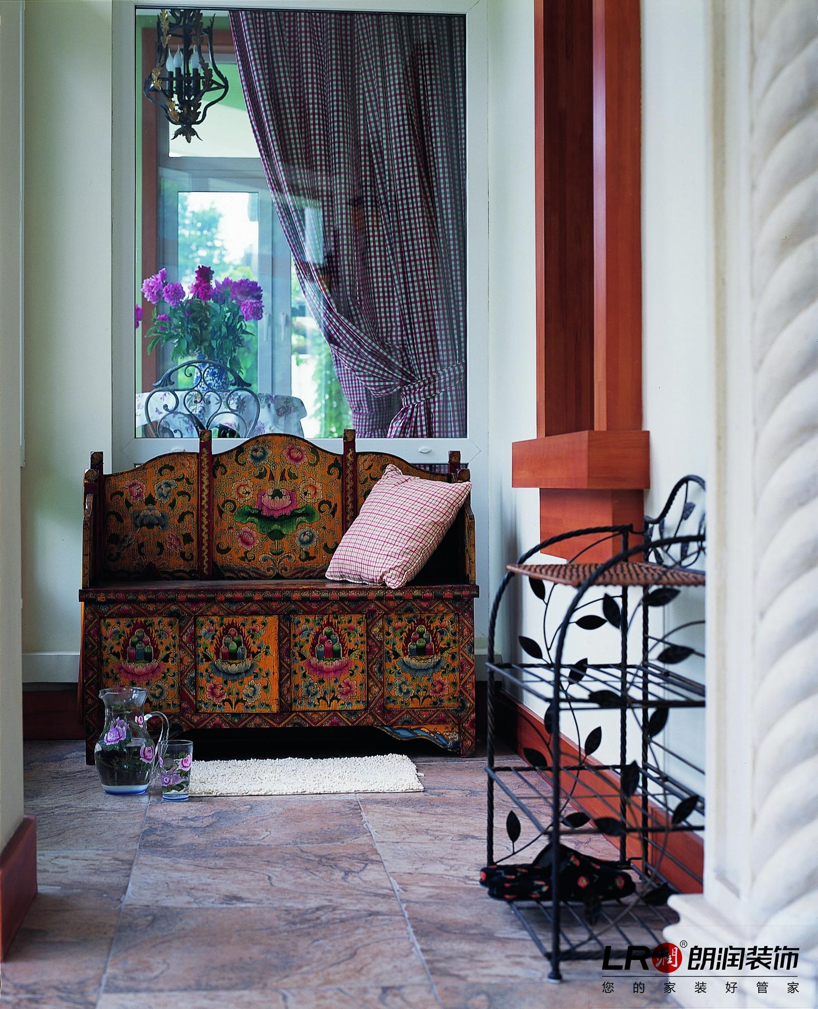 浪漫 美式 乡村 跃层 超自然减压 阳台图片来自朗润装饰工程有限公司在塞纳河畔的浪漫美式家的分享