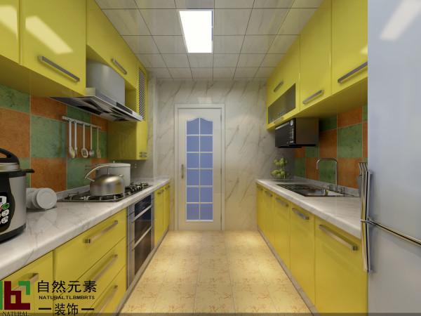 黄色能带给人欢快,愉悦的心情。作为厨房的主色调,不难看出此房有一位辛勤付出的女业主。