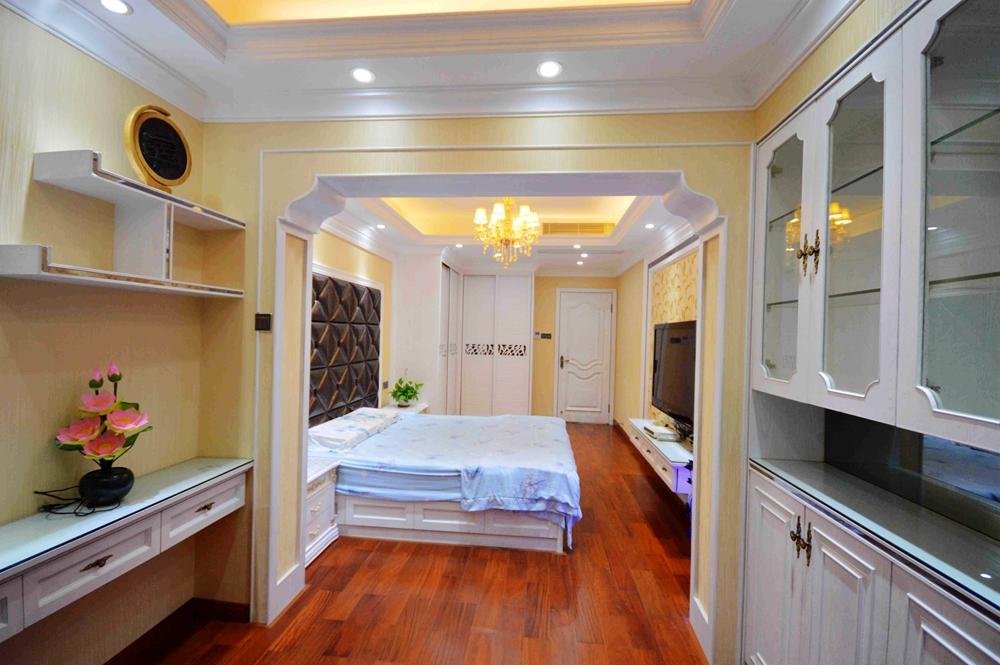 欧式 卧室图片来自13928414192在气韵非风之且行且温馨的分享
