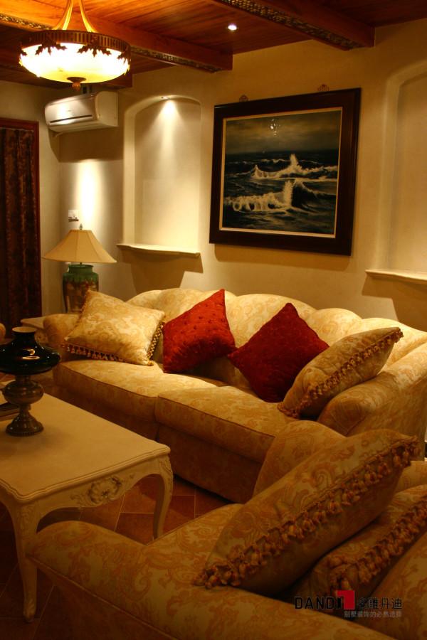 家庭厅沙发背景