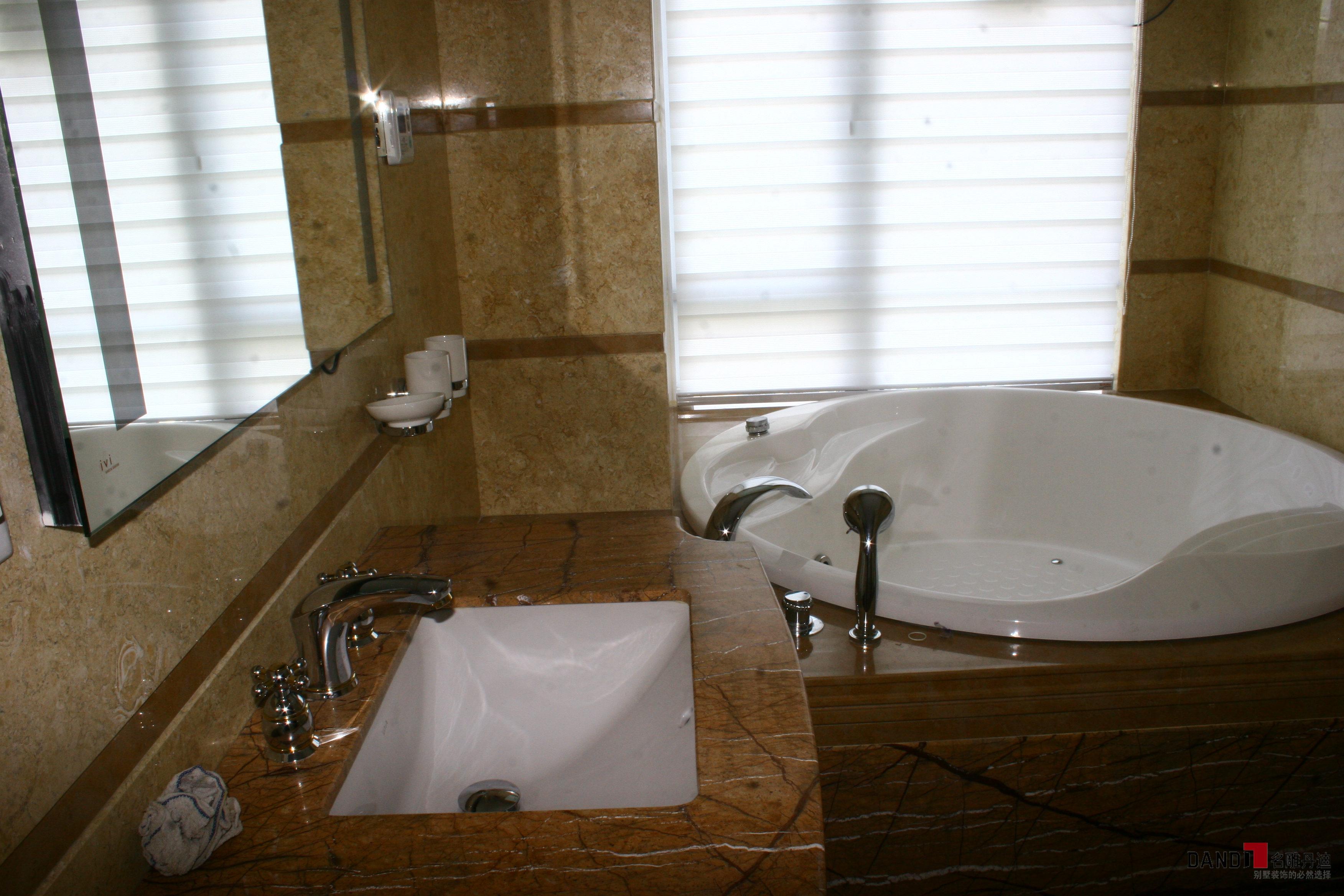 欧式 别墅 别墅设计 高富帅 白富美 名雕丹迪 宏发领域 卫生间图片来自名雕丹迪在欧式—280平双层别墅豪华装修的分享
