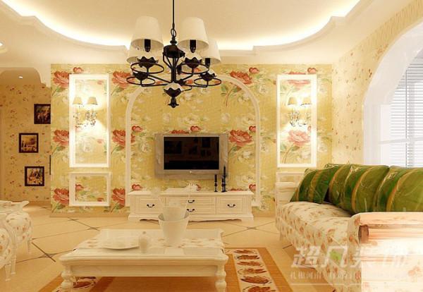 家具的色彩以象牙白为主,散发着低调而冷艳的风韵,简约而时尚的款式,加上清新的碎花图案,馥郁芬芳,传递出丝丝异域他乡的风情与诱惑。