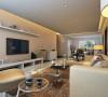 设计理念:简单大方的电视背景墙搭配北美风情的家私,温馨自然而生。亮点:北美家私。