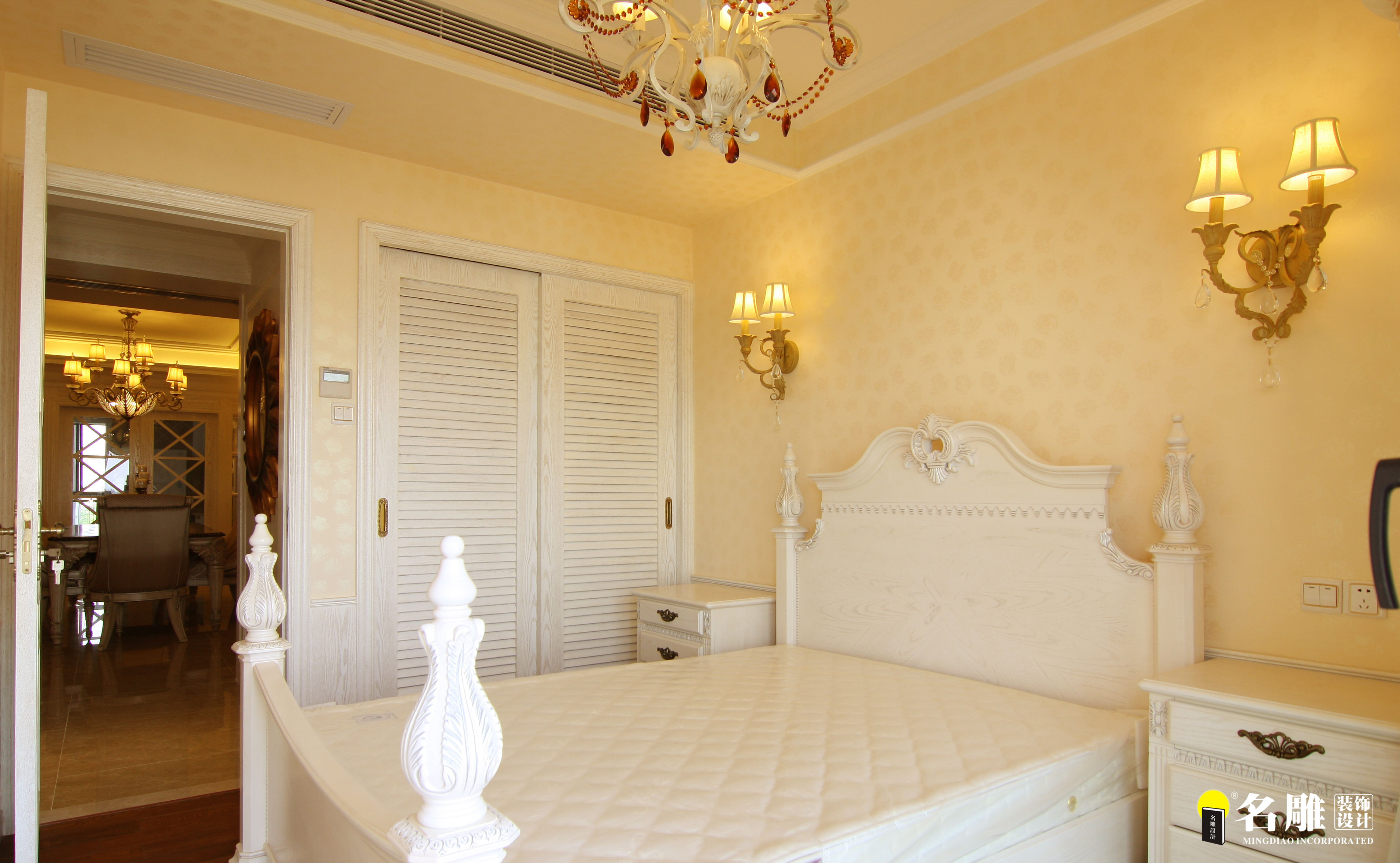 欧式 三居 高富帅 中信红树湾 名雕装饰 白富美 奢华家居 卧室图片来自名雕装饰邓工在欧式风格-160平三居室奢华家装的分享