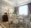 厅的设计材质质感对比强烈,层次分明,原本不算宽敞的空间变得十分明亮,就餐不仅仅是味觉方面的享受,还应该有更多视觉等精神方面的享受。