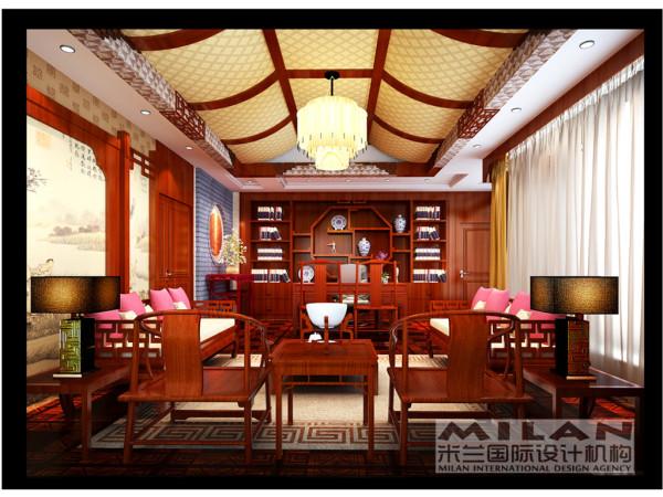 老总办公室里的中式风格红木家具自然的纹理让人感觉无比的亲切。加上博古书架上绝美的艺术品与书籍,端正稳健,充分体现出中国传统美学精神。