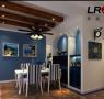 餐厅蓝色背景墙,简单美好,还有餐桌边细心浪漫的酒柜,格调就这样淡淡的散发出来了。
