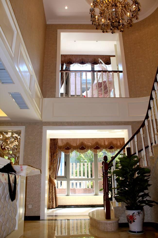 别墅 小资 欧式 简约 楼梯图片来自东易力天装饰在联盟新城  别墅的分享