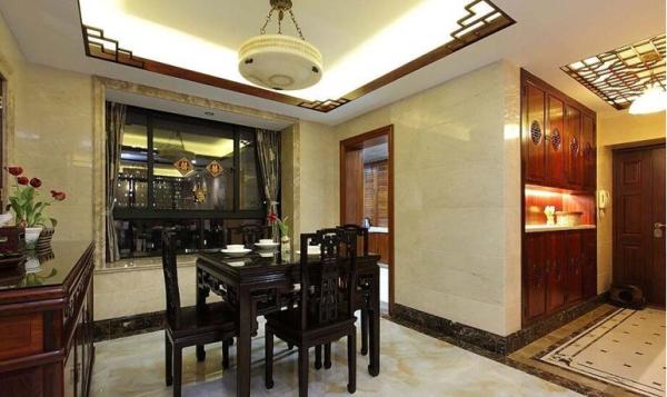 中海城南华府-四居室-186平米-餐厅装修设计  换个角度看餐厅