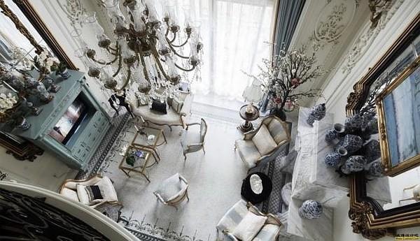 尚层装饰别墅装修案例全系统解决方案,根据您的生活习惯、作息规律、生活方式设计全面的动线规划,打造专属私人定制方案。