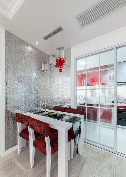 两居 现代简约 红色 婚房 80后 餐厅图片来自张顺在典雅喜庆婚房鉴赏的分享