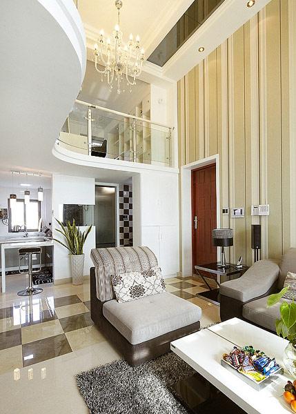 简约 现代 宫廷 复式 黑白灰 客厅图片来自唯美装饰喻胜军在黑白灰典雅复式的分享