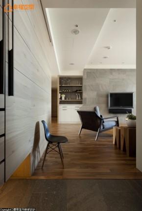 旧房改造 田园 休闲 自然 三居 简约 舒适 玄关图片来自幸福空间在165 m²乘着光影徜徉自然的分享