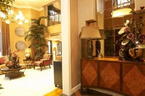欧式 别墅 现代 武汉别墅 舒适 玄关图片来自武汉实创装饰在现代与欧式的完美融合的分享
