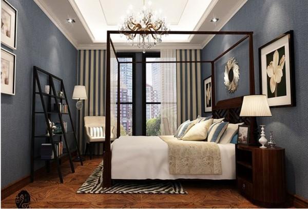 卧室:中国式家具的方正和欧式的曲线艺术相融合,集合背景墙梅花纹路的壁纸和精巧的摆件,凸显了精致的美感。