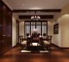 现代风格的居室重视个性和创造性的表现,即不主张追求高档豪华,而着力表现区别于其他住宅的东西。与主人兴趣爱好相关联的功能空间包括家庭视听中心、迷你酒吧、健身角、家庭电脑工作室等。