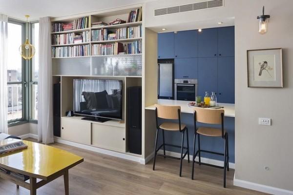 充分利用空间创作出一个书房,与客厅,厨房相互存在有彼此区分。