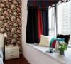整个大色块的窗帘设计,简洁干练,彰显出业主的个性,不平凡气质,