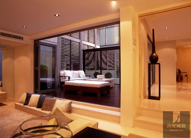 别墅 简约 港式 生活格调 客厅图片来自高度国际装饰韩冰在港式简约实景效果的分享