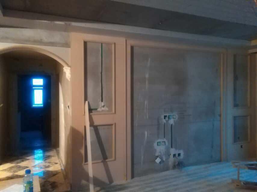 欧式 三居 二居 白领 80后 小资 淘工长 客厅图片来自超凡装饰范鸿瑞在清华紫光苑123平欧式施工实景的分享
