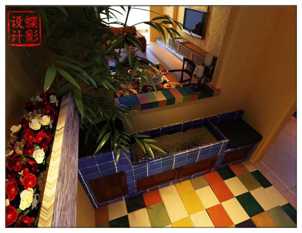 进门处增加门厅除了储物功能外增加景观性五彩缤纷的水彩砖,青石,碧水,绿竹,繁花带我们进入这个绿意盎然,水静鱼动的世界,斑斓的色彩诠释着房子主人对家居的独特品位和对生活的热爱。