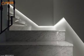 新古典 别墅 白领 四居 欧式 舒适 楼梯图片来自幸福空间在淡淡悠蓝的新古典华美内涵的分享