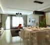 """客厅全景效果图 金银相渐的背景墙给灰色墙面客厅提了不少亮度,使空间""""活""""了起来;顶面线条也完美的将各个区域连通起来"""