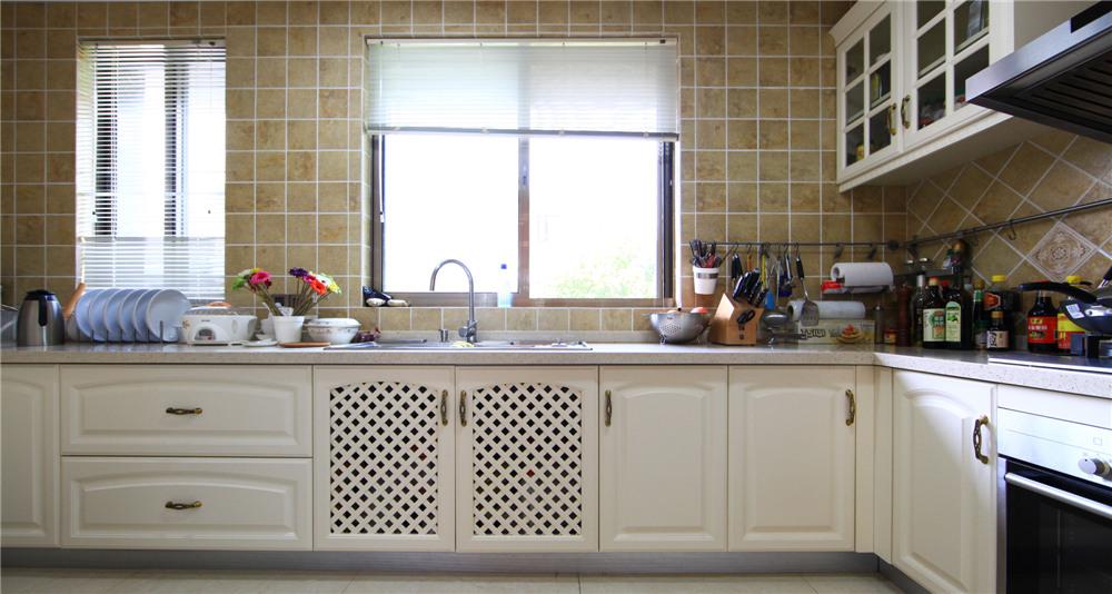 欧式 别墅 装修 奥邦装饰 陆健美 厨房图片来自上海奥邦装饰在别墅装修欧式风格实景展示!的分享