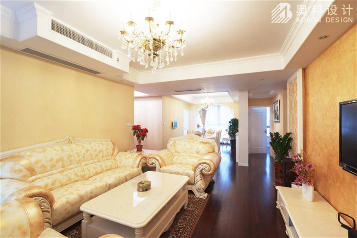 汇智湖畔 三居室设计 奥邦装饰 高娟作品 新欧式 客厅图片来自上海奥邦装饰在汇智湖畔148平D1户型新欧式设计的分享