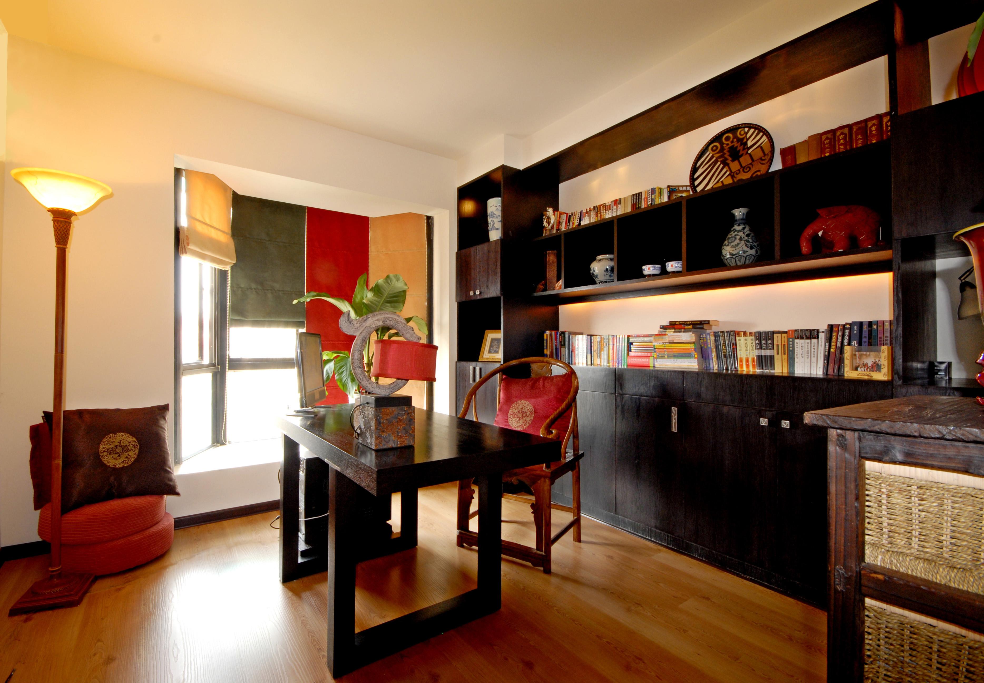 中式古典风 今朝装饰 龙水路 二居 书房图片来自北京今朝装饰在中式古典--龙水路22号院的分享