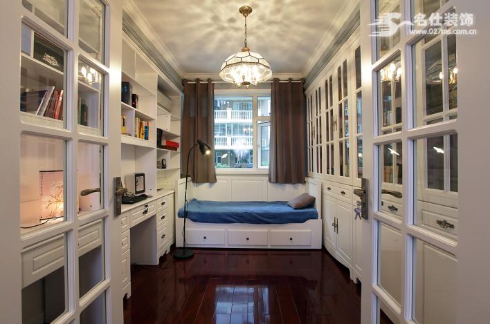 名仕装饰 美式 三居室 书房图片来自名仕装饰龚经理在银泰御华园的分享