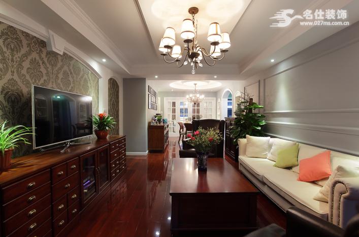 名仕装饰 美式 三居室 客厅图片来自名仕装饰龚经理在银泰御华园的分享