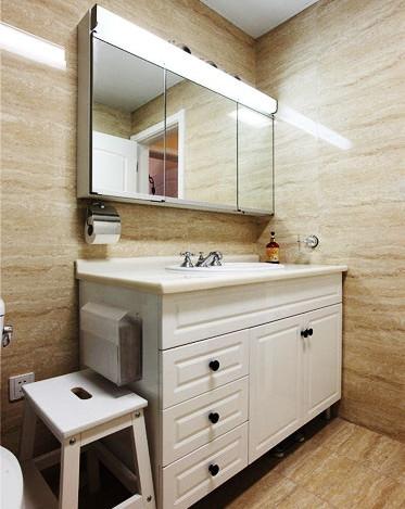 欧式 三居 和平盛世 卫生间图片来自合肥川豪装饰装修在和平盛世188平米欧式风格设计的分享
