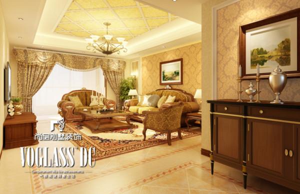 客厅是宽敞而富有历史气息的。。房间有了局部的改动,集中在了餐厅,餐厅阳台,和门厅部位,这样可以更好的区规划。